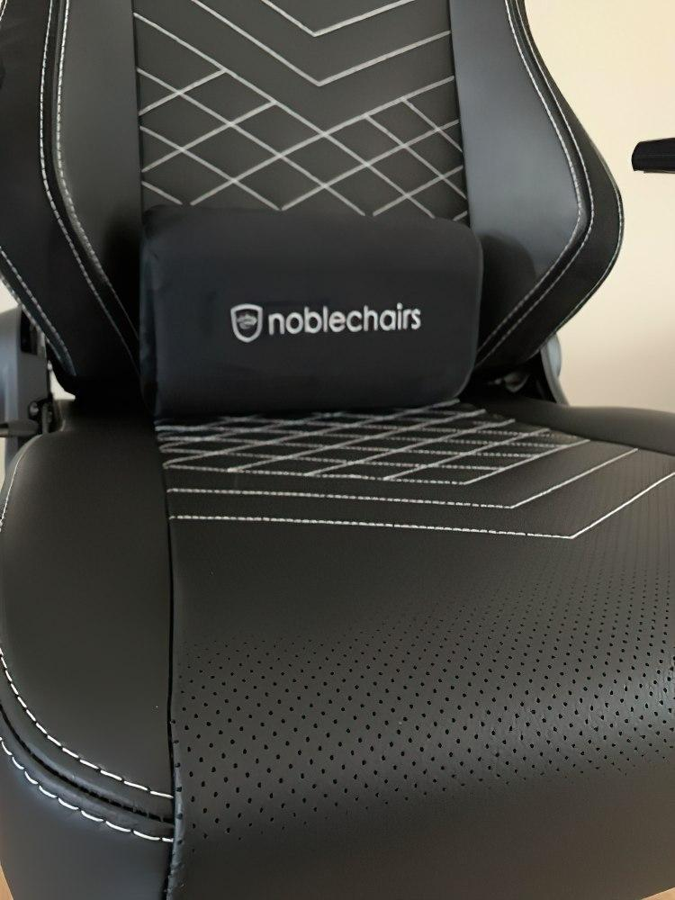 Noblechairs Hero Gaming Test Confort 6